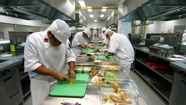 Thiết bị bếp công nghiệp cho khách sạn