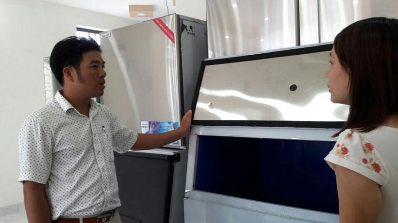khách hàng máy làm đá Nha Trang